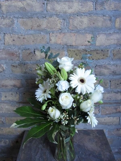 $50.00~Subtle White In Gathering Vase~ Item 8-A